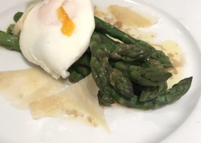 Asparagus & poached egg with anchovy butter